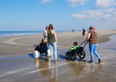 Strandrolstoel op het strand